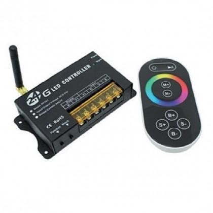 RF synchronizér pro světla LED 252